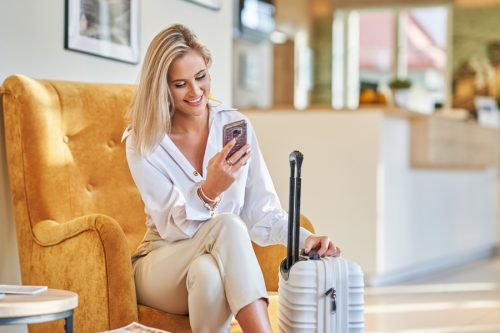 IEN Connected Guest Hotel Client with Mobile in Reception